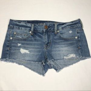 American Eagle Cut-Off Distressed Shorts Size 4